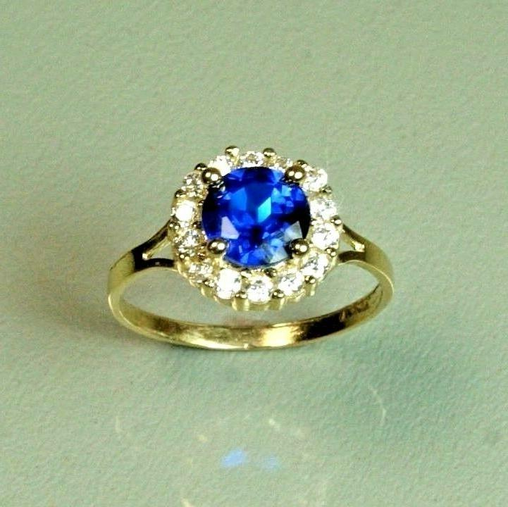 14k solid yellow gold childerens blue sapphire