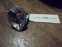 Anne Klein LARGE CRYSTAL COCKTAIL RING SIZE 7 NWT