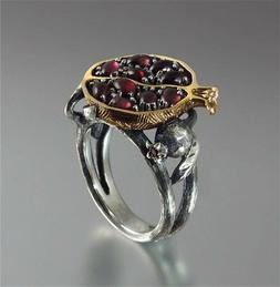 Vintage Ring Creative pomegranate Couple Rings Retro Women's